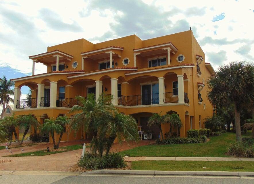 Enfamiljshus för Försäljning vid 603 Washington Cape Canaveral, Florida 32920 Usa