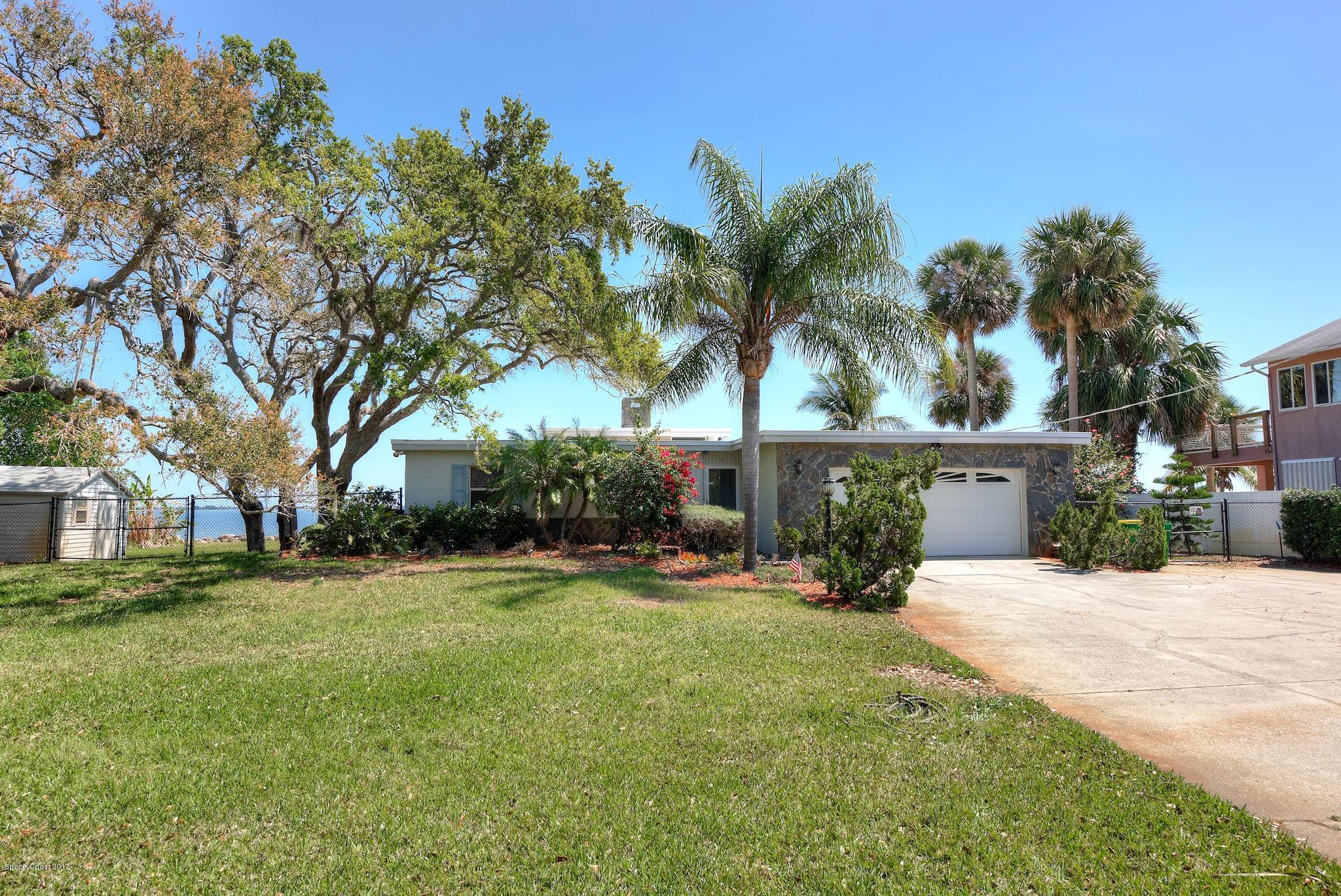 730 S Banana River Drive, Merritt Island, FL 32952