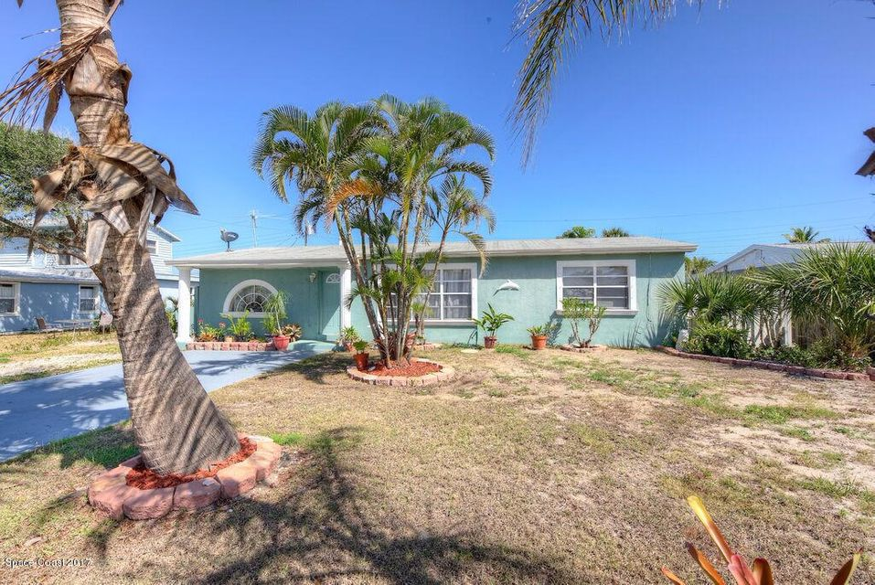 129 SE 2nd Street, Satellite Beach, FL 32937