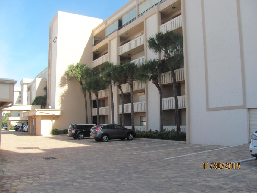 Villa per Affitto alle ore 995 N Highway A1a Indialantic, Florida 32903 Stati Uniti