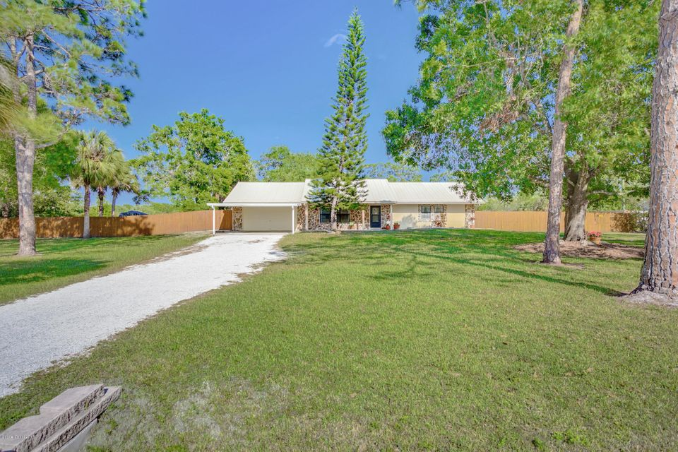 2285 Duncil Lane, Malabar, FL 32950