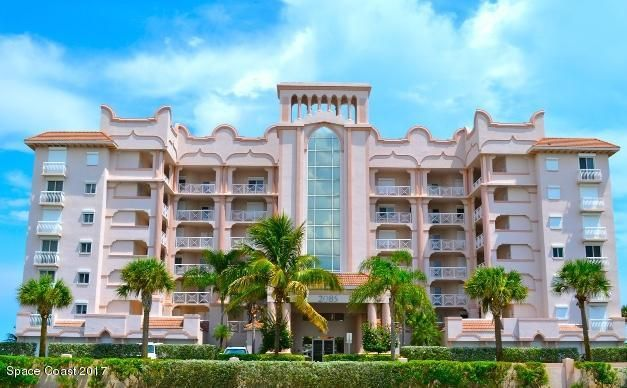 Condominio por un Venta en 2075 Highway A1a Indian Harbour Beach, Florida 32937 Estados Unidos