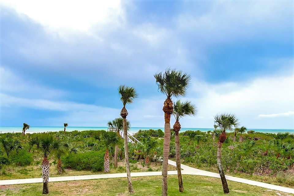 609 Shorewood Drive 203, Cape Canaveral, FL 32920