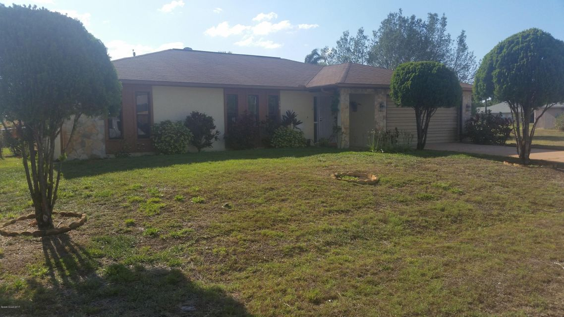 450 Minor Avenue, Palm Bay, FL 32907