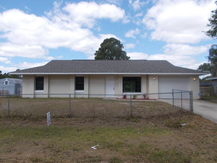 450 Tuloma Avenue, Palm Bay, FL 32908