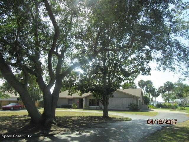 165 Crispin Street, Merritt Island, FL 32952