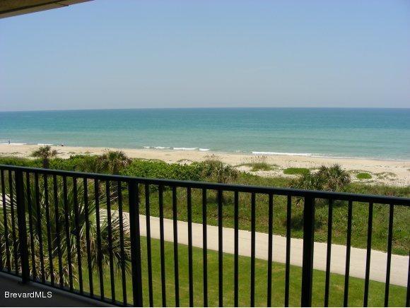 Villa per Affitto alle ore 1101 S Miramar Indialantic, Florida 32903 Stati Uniti