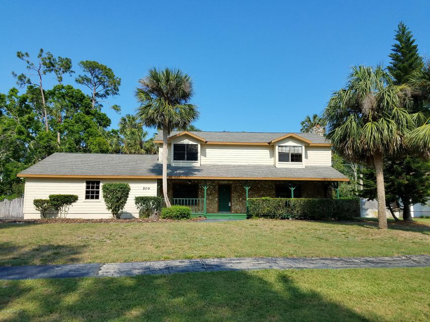 Single Family Home for Sale at 509 Pelican Bay Daytona Beach, Florida 32119 United States