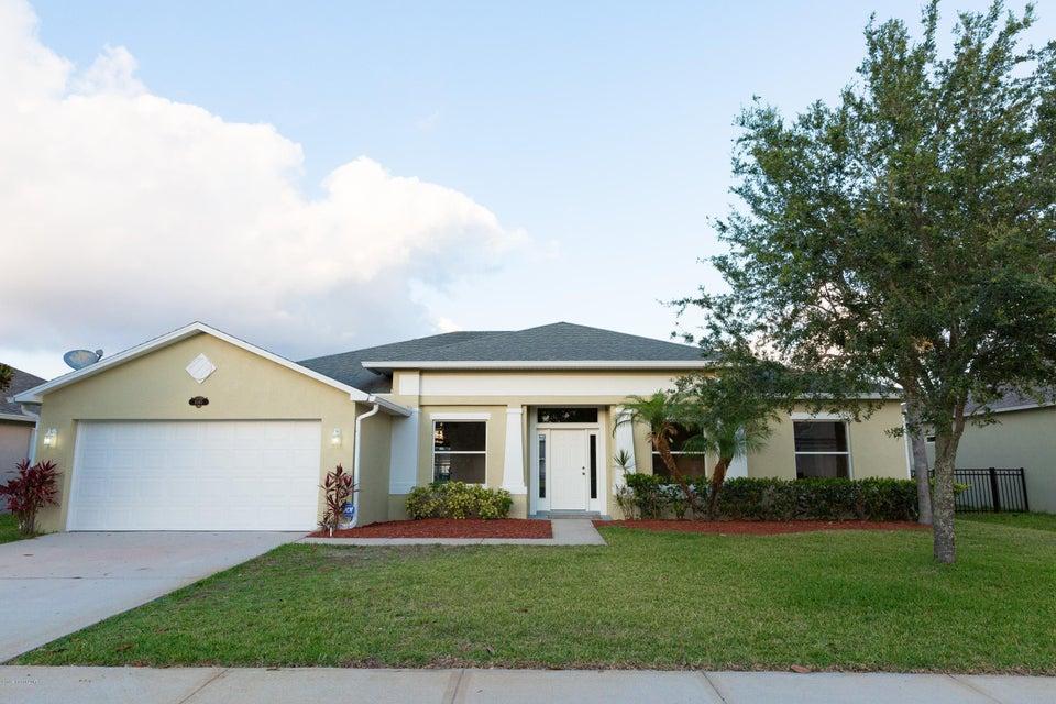 1045 Morgan Circle, Palm Bay, FL 32905