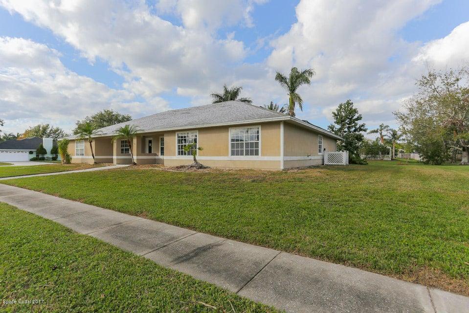 235 Northgrove Drive, Merritt Island, FL 32953