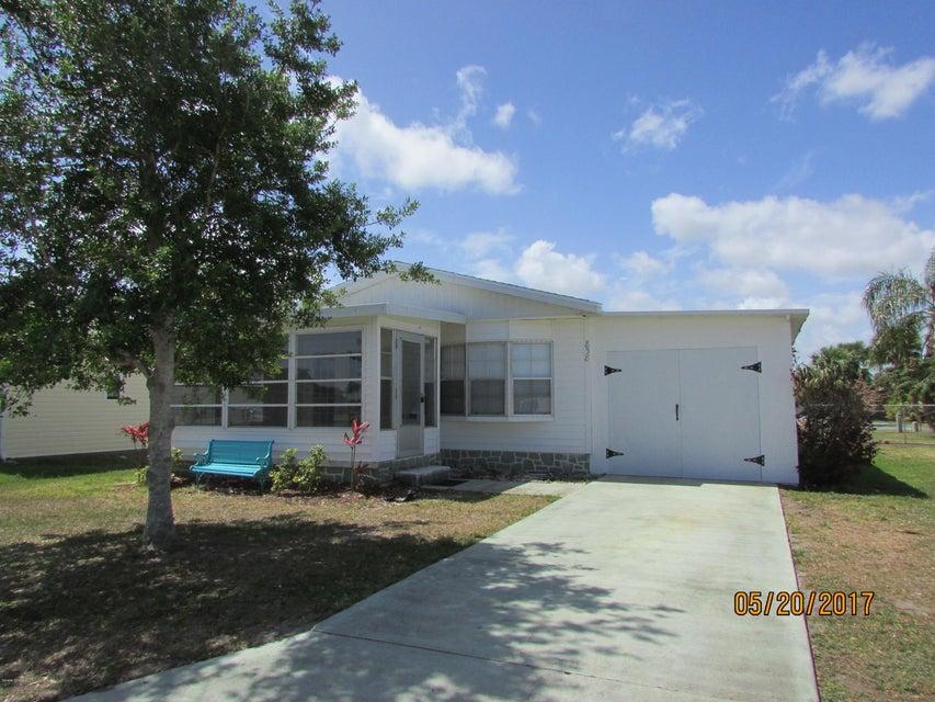 Nhà ở một gia đình vì Thuê tại 838 Hawthorn Barefoot Bay, Florida 32976 Hoa Kỳ
