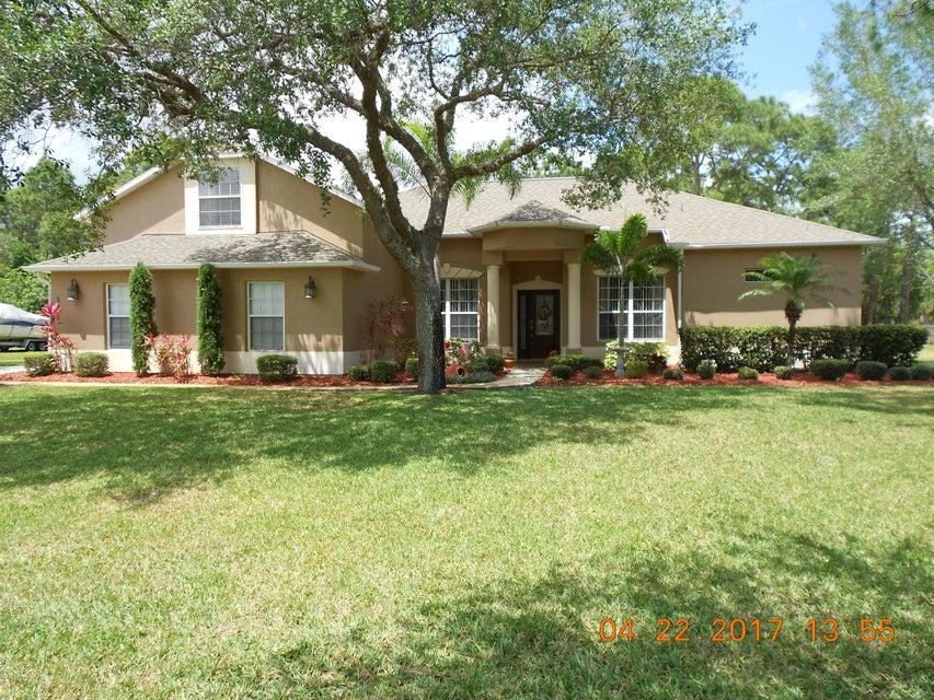 371 Brightwater Drive, Palm Bay, FL 32909