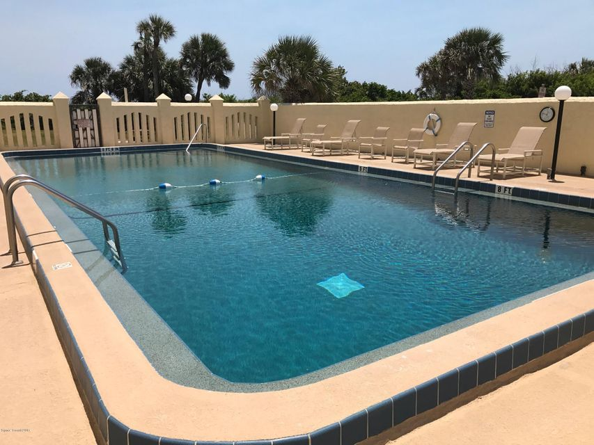 Additional photo for property listing at 3020 N. Atlantic 3020 N. Atlantic Cocoa Beach, Florida 32931 Amerika Birleşik Devletleri