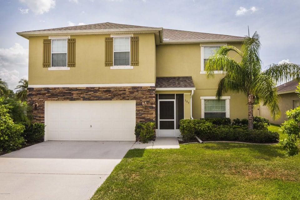 385 Wishing Well Circle, Palm Bay, FL 32908
