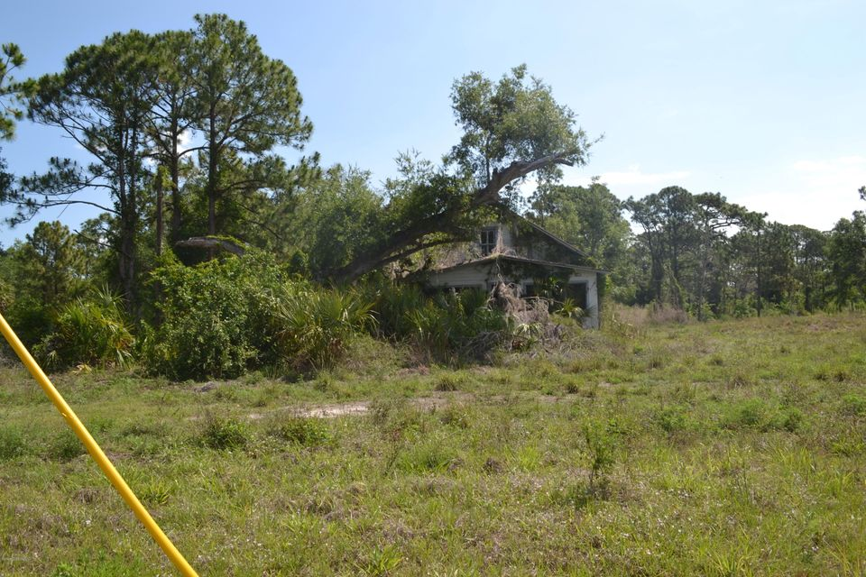 Land for Sale at 3059 Us Highway 1 3059 Us Highway 1 Mims, Florida 32754 United States