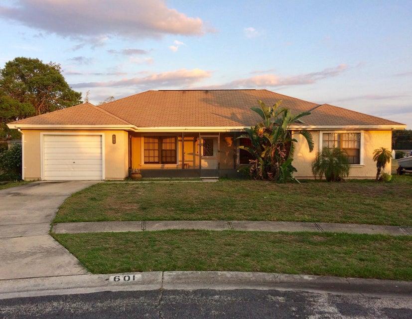 601 Posen Court, Palm Bay, FL 32905