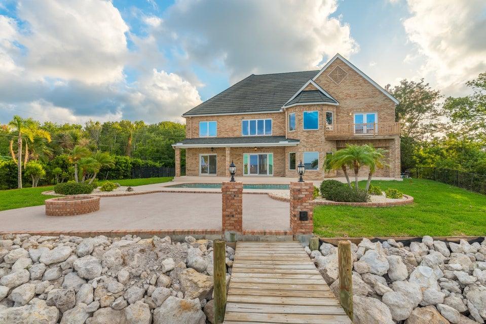 단독 가정 주택 용 매매 에 3620 N Indian River Cocoa, 플로리다 32926 미국