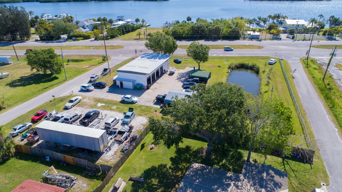 Commercial pour l Vente à 6010 S Highway 1 Grant Valkaria, Florida 32949 États-Unis