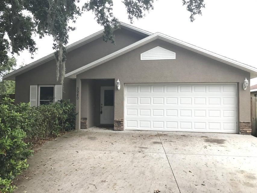 Maison unifamiliale pour l à louer à 5940 Stamford Mims, Florida 32754 États-Unis