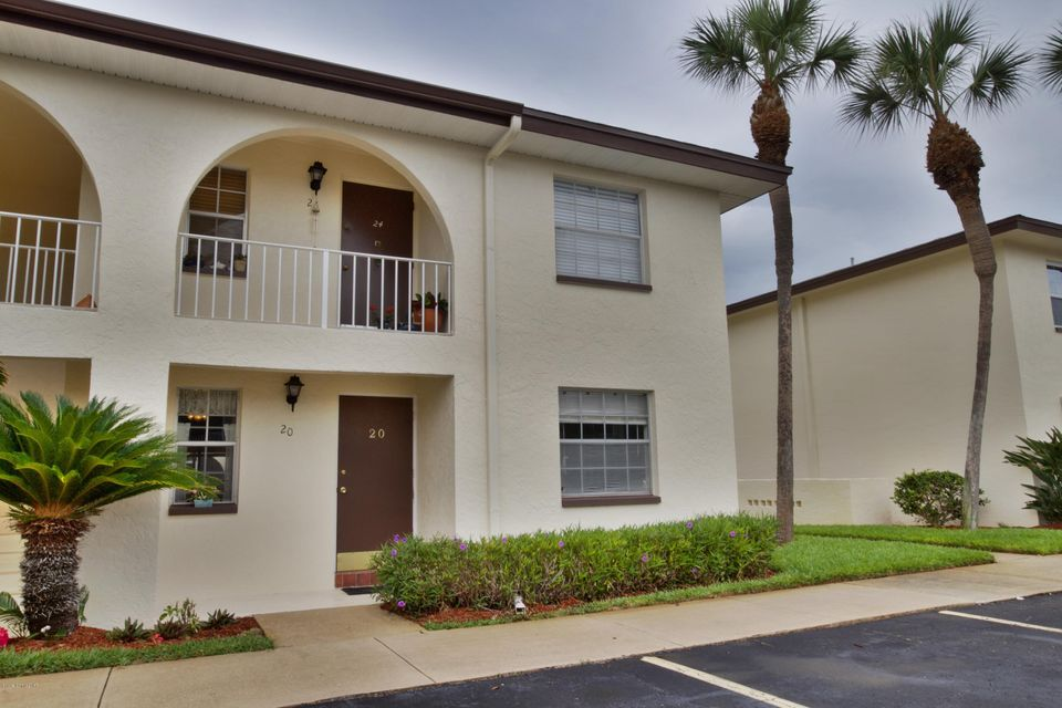 1057 Small Court 20, Indian Harbour Beach, FL 32937