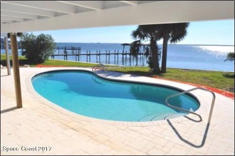 Moradia para Arrendamento às 215 Sea Crest Melbourne Beach, Florida 32951 Estados Unidos