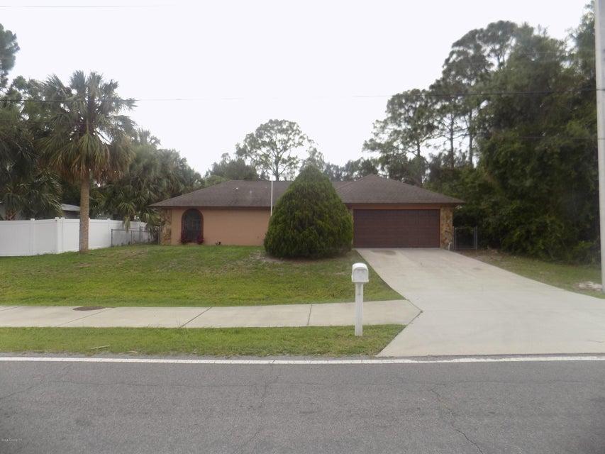 222 Americana Boulevard, Palm Bay, FL 32907