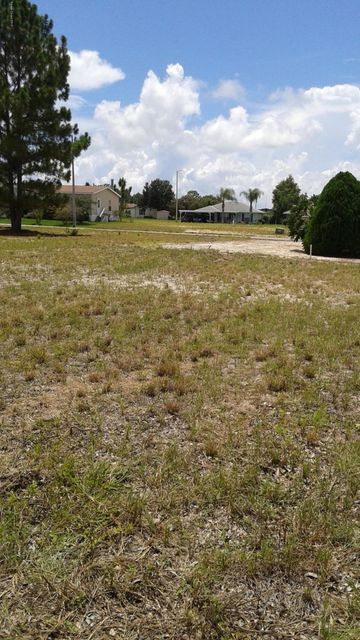 Land for Sale at E Nandina E Nandina Lake Wales, Florida 33898 United States
