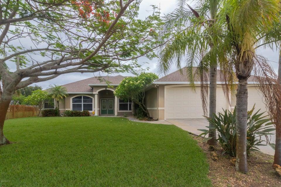 390 Treasure Lagoon Lane, Merritt Island, FL 32953