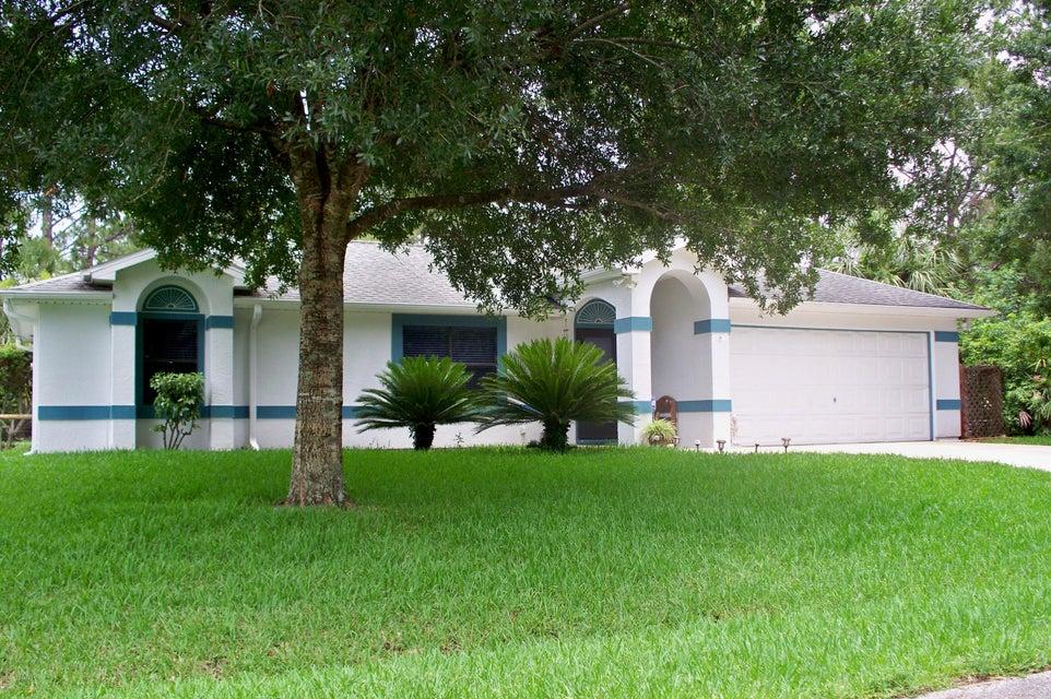 113 Dandridge Avenue, Palm Bay, FL 32907