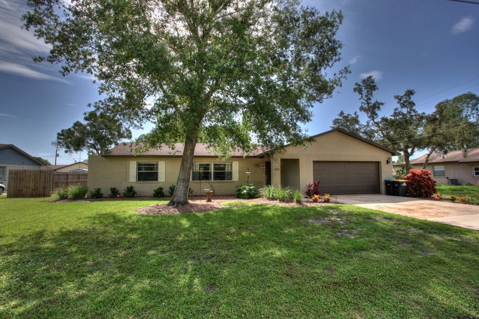 Wonderful Pool Home - Excellent Location! Plenty of space for everyone.  Large back yard with tropical tree's  fenced in. 4 bedrooms, formal dining and 2 living areas. Very clean and well cared for home.  Veteran and FHA Welcomed. Make this one your next Home!
