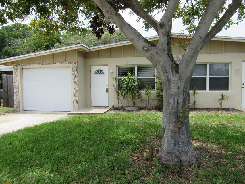 Single Family Home for Rent at 220 N Brevard Cocoa Beach, Florida 32931 United States