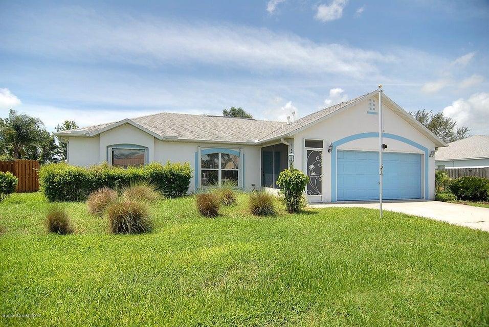 225 Mcclain Drive, West Melbourne, FL 32904