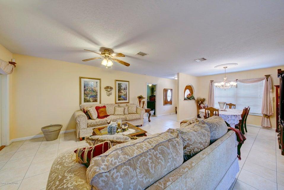 Additional photo for property listing at 2125 Samantha 2125 Samantha Malabar, Florida 32950 Usa