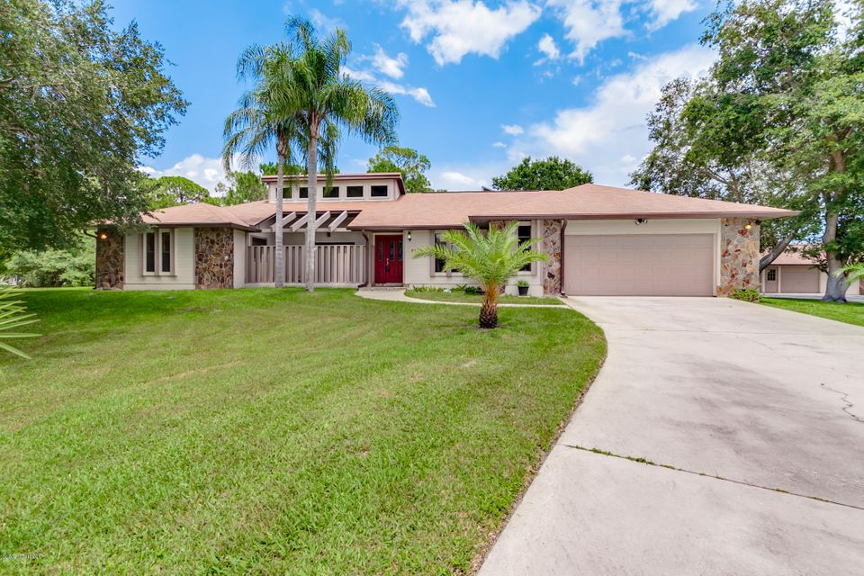 4900 Pinewood Place, Cocoa, FL 32926