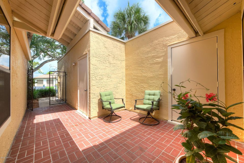 195 Country Club Drive, Melbourne, FL 32940