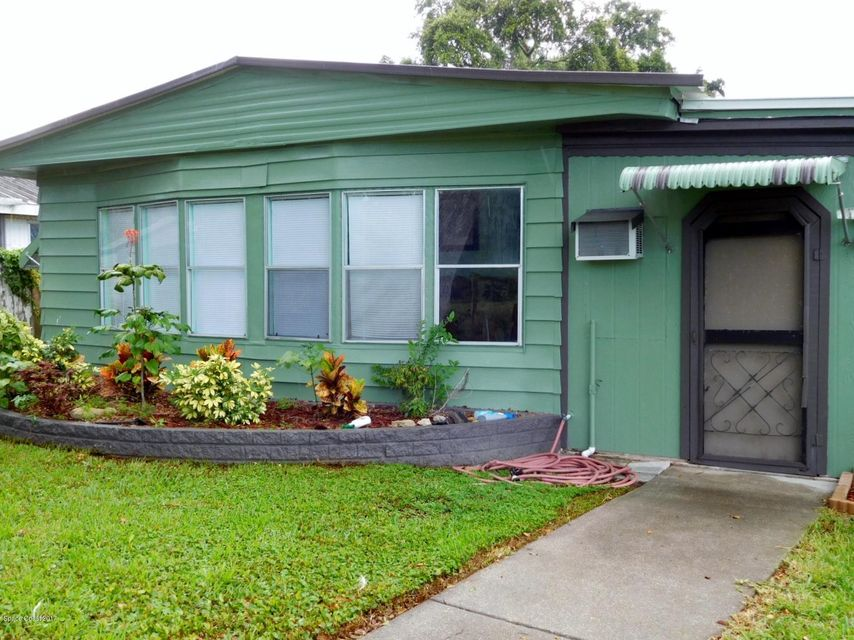 Single Family Home for Sale at 205 Randle 205 Randle Oak Hill, Florida 32759 United States