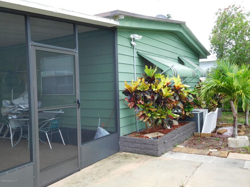 Additional photo for property listing at 205 Randle 205 Randle Oak Hill, Florida 32759 United States