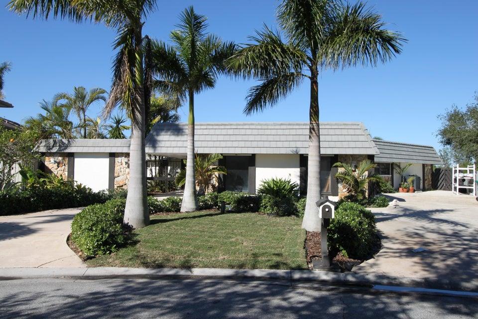 44 Yawl Drive, Cocoa Beach, FL 32931