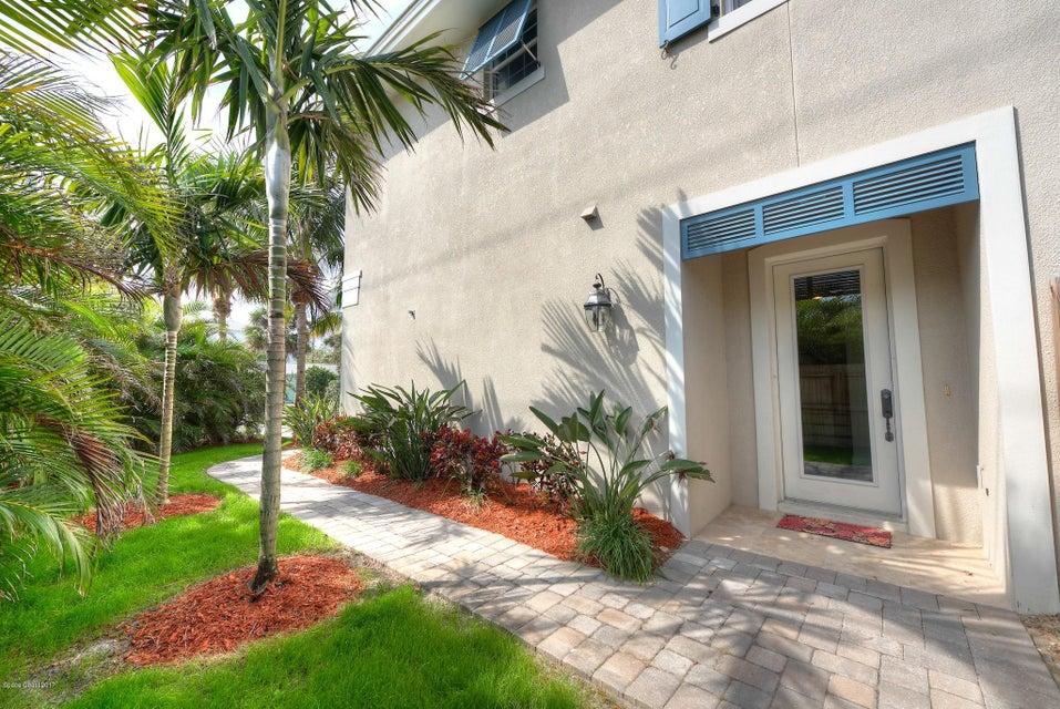 Maison unifamiliale pour l à louer à 100 8th Indialantic, Florida 32903 États-Unis