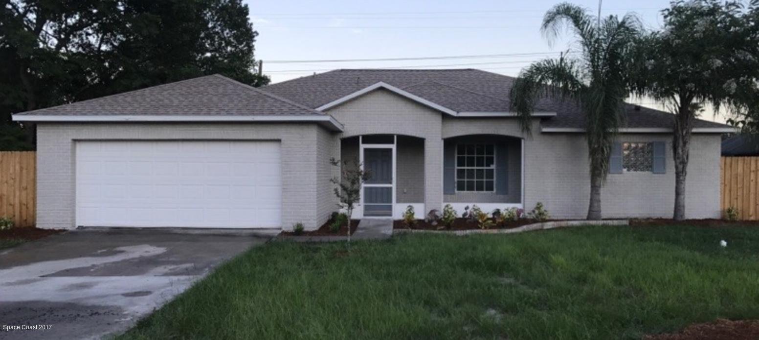 Maison unifamiliale pour l Vente à 1983 E Barlington Deltona, Florida 32725 États-Unis