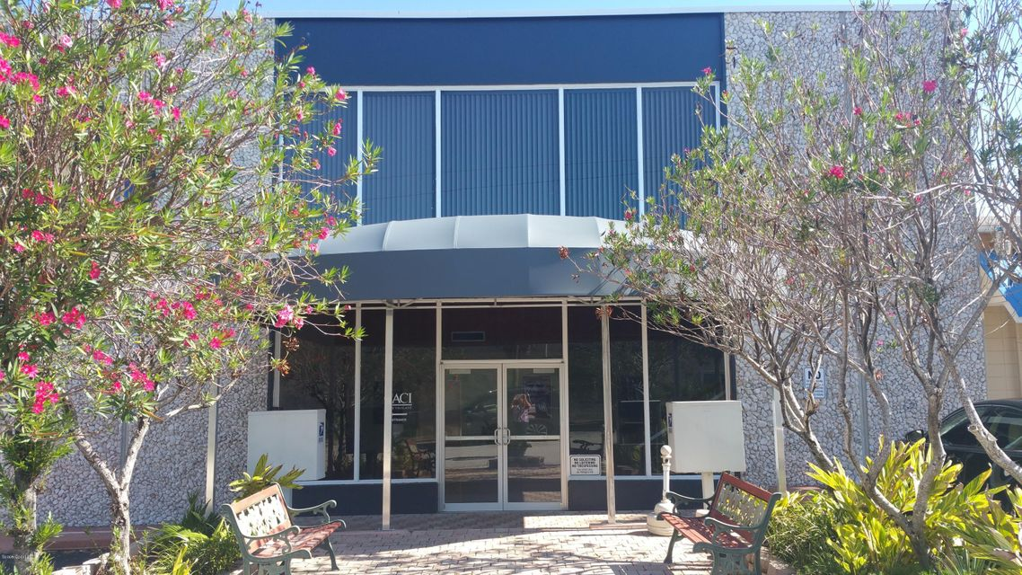 Commercial for Rent at 166 Center 166 Center Cape Canaveral, Florida 32920 United States
