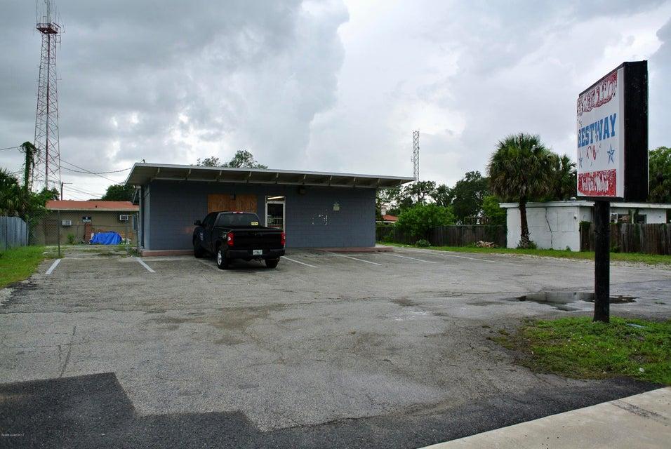 Kommersiell för Hyra vid 1129 Peachtree Cocoa, Florida 32922 Usa