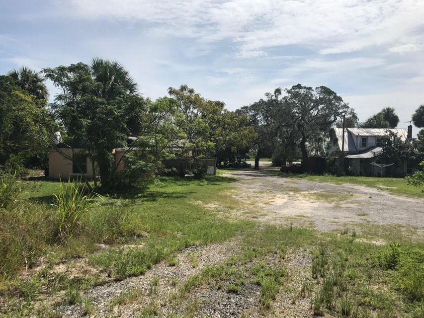 Additional photo for property listing at 1256 S Highway 1 1256 S Highway 1 Malabar, Florida 32950 Usa