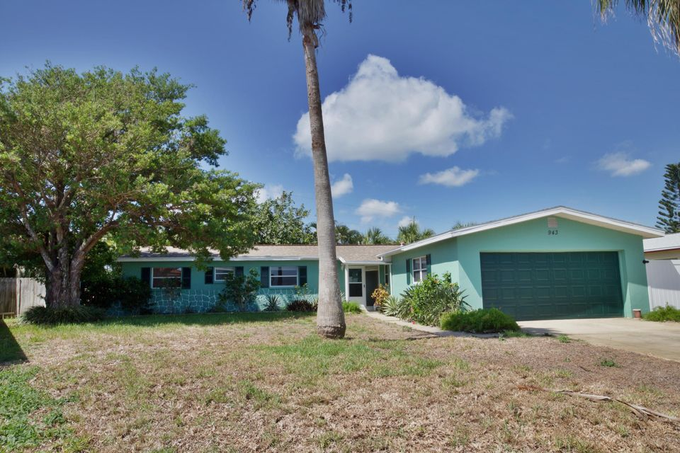 943 Bluewater Drive, Indian Harbour Beach, FL 32937