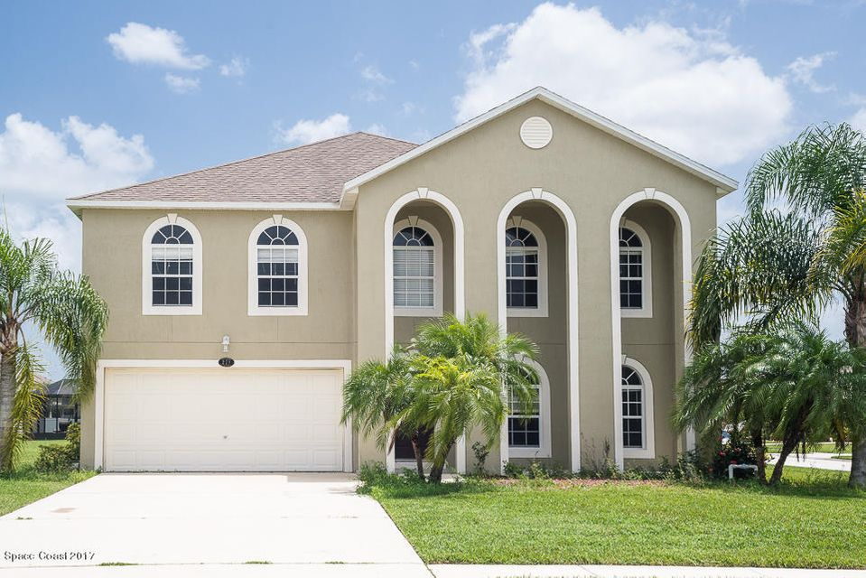 271 NW Teaberry Drive, Palm Bay, FL 32907