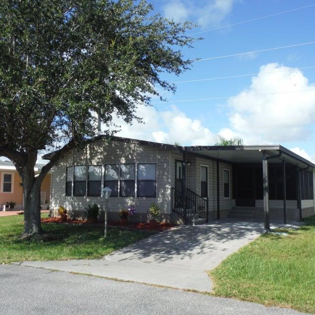 Tek Ailelik Ev için Satış at 7640 Chasta 7640 Chasta Micco, Florida 32976 Amerika Birleşik Devletleri