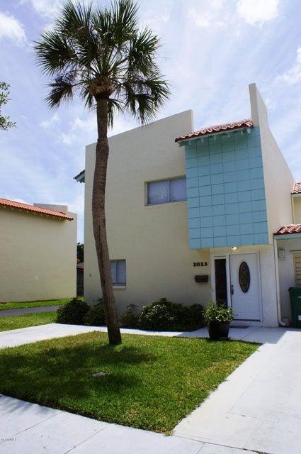 Casa Unifamiliar por un Alquiler en 1013 Ashley Indian Harbour Beach, Florida 32937 Estados Unidos