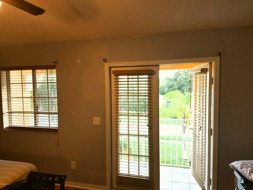 Additional photo for property listing at 324 Covent Gardens 324 Covent Gardens Deltona, Florida 32725 Estados Unidos