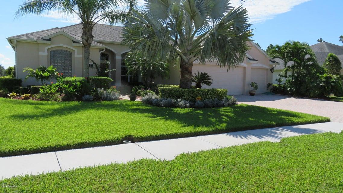 105 Brandy Creek Circle, Palm Bay, FL 32909