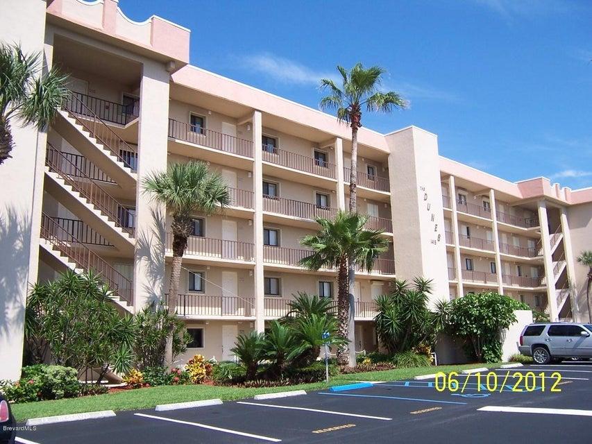 Частный односемейный дом для того Аренда на 1415 N Hwy A1a Indialantic, Флорида 32903 Соединенные Штаты